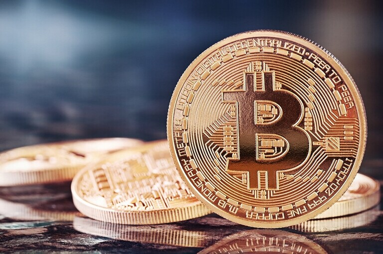 Xiaonan talks about coins: Is BTC ushering in a bullish turn to a bear? Are you seducing air now? Evening Quotes